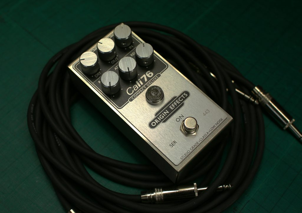 Cali76 Compact Deluxe Compressor Pedal on Guitar Instrument Cable