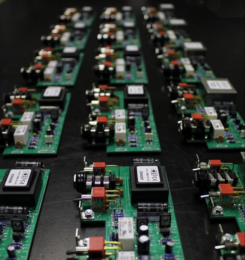 Cali76-TX-Origin-Effects-Analogue-Boutique-Compressor-Lundahl-Iron-Transformer-Pedal-Guts-Circuit