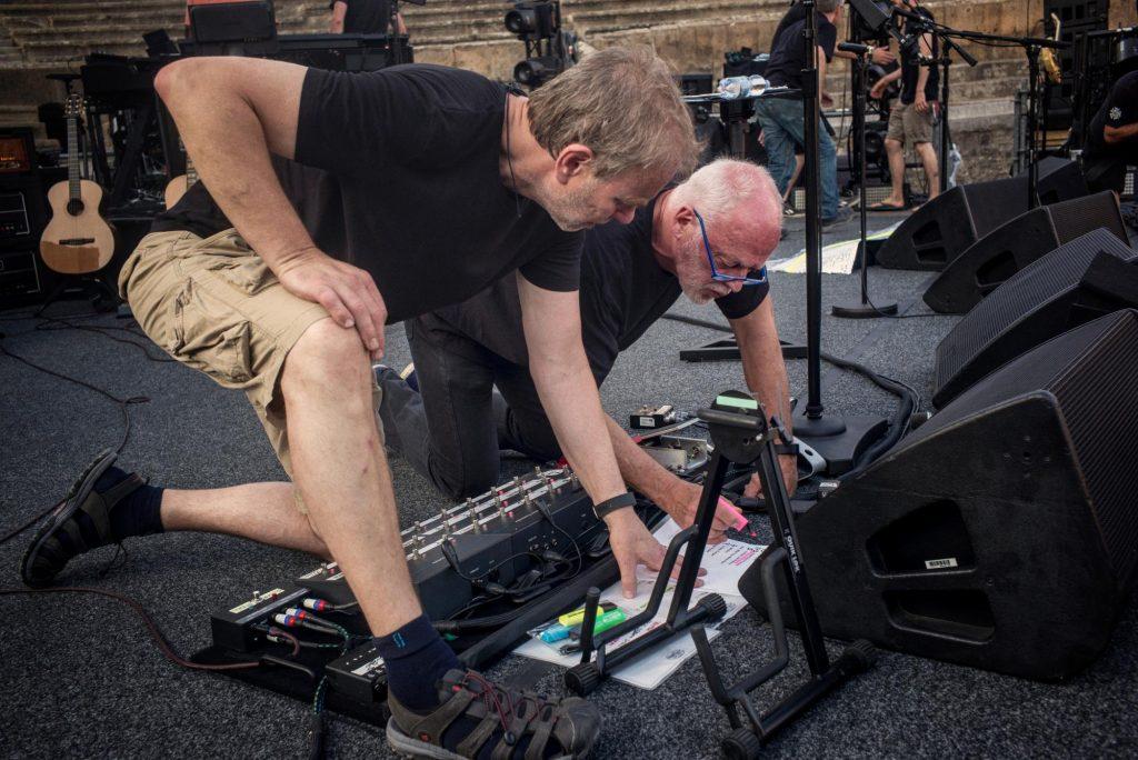 Gilmour Pompeii Concert using Origin Effects Cali76 Compact Compressor Guitar Pedal