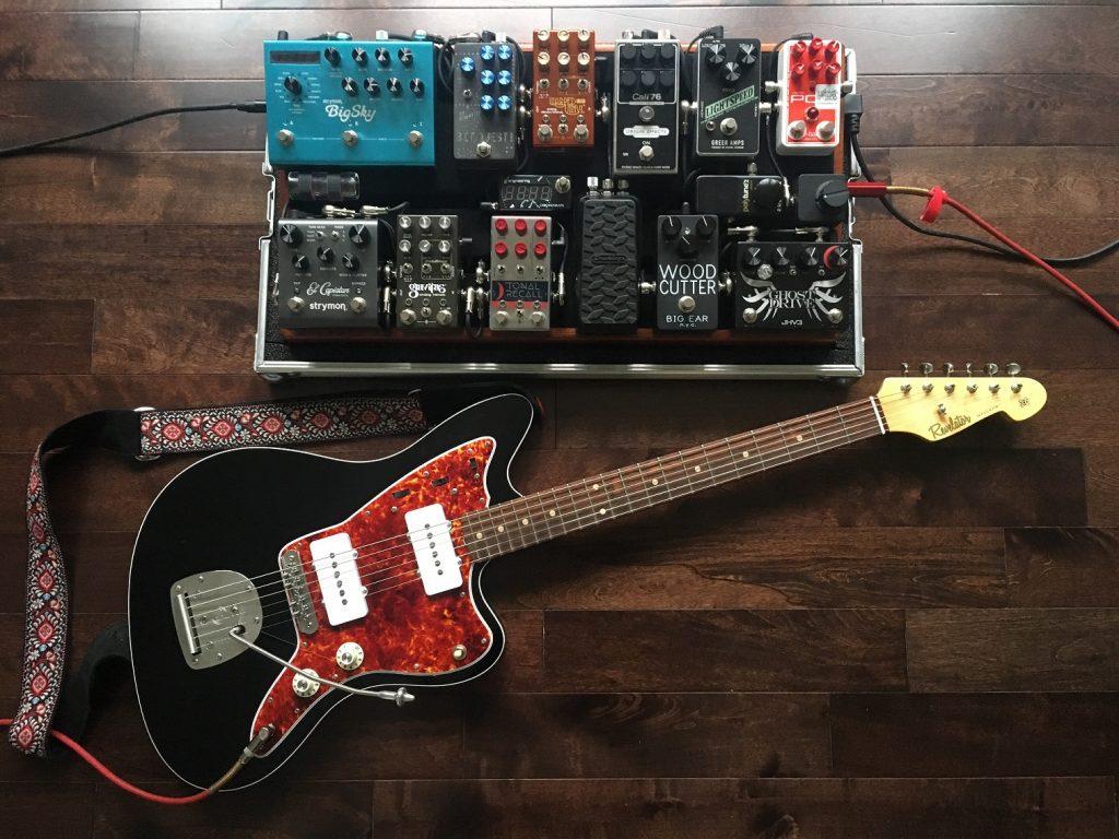 Revelator Guitar Jazzcaster pedalboard Origin Effects Cali76 Greer Amps Lightspeed Chase Bliss Warped Vinyl Tonal Recall Gravitas