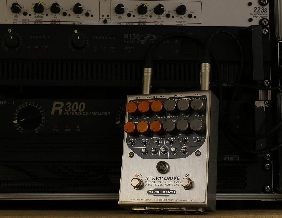 Origin Effects RevivalDRIVE angle on amp