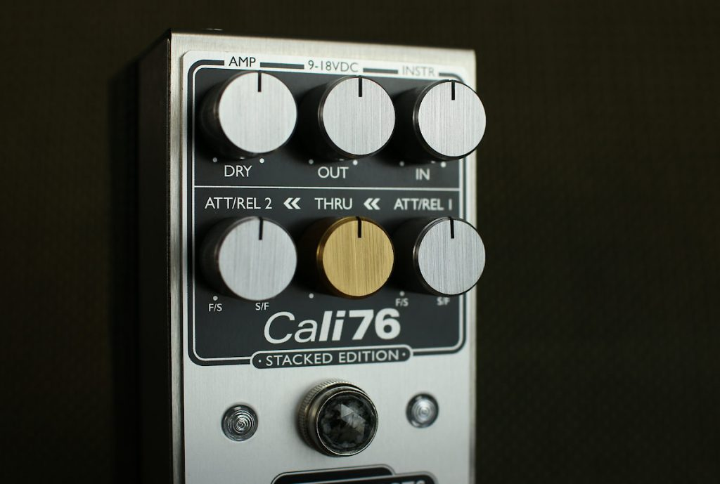 Origin Effects Cali76 Stacked Edition SE compressor limiter pedal gold knob