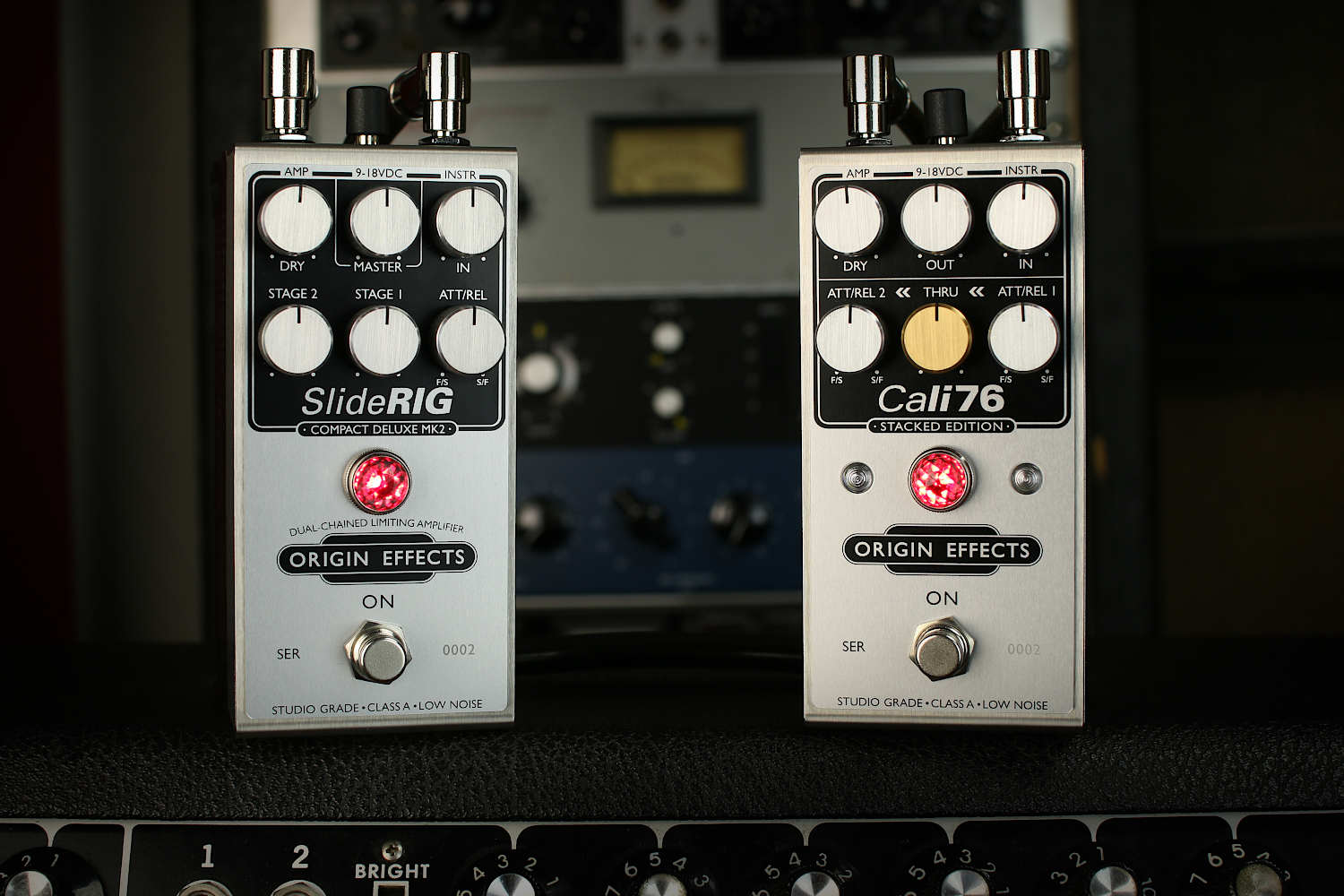 Origin Effects Cali76 Stacked Edition SlideRIG Compact Deluxe Mk2 compressor limiter pedal sidechain dualchained lowell george little feat slide guitar 1500x1000