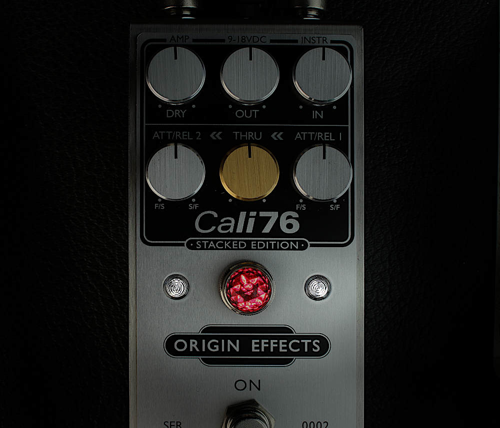 Origin Effects Cali76 Stacked Edition SE compressor limiter pedal gold knob LED VU gain reduction meters