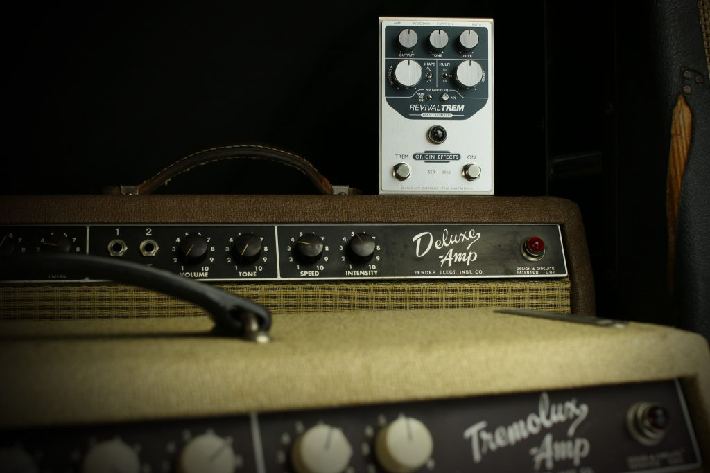 Origin Effects RevivalTREM Bias Tremolo Pedal, Deluxe Amp, Tremolux Amp